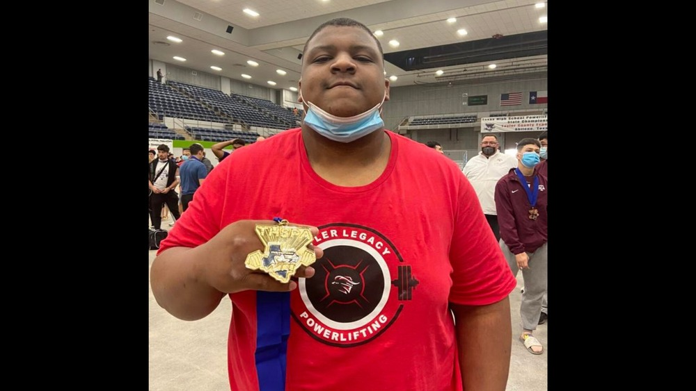 Tyler Legacy's Montague Wins State Powerlifting Title
